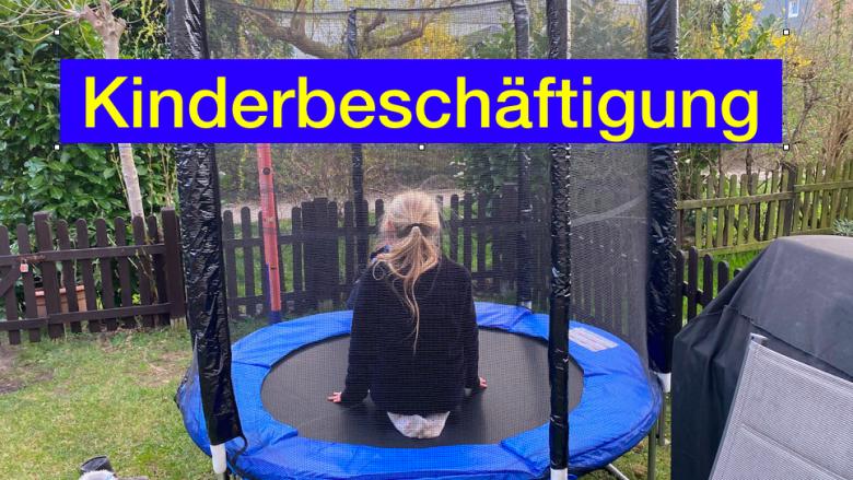Kinderbeschäftigung - ein neues kleines Trampolin für den Garten - Videoleben