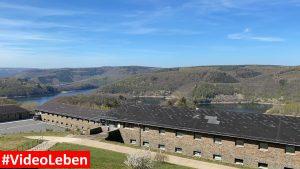 Blick auf die Urfttalsperre - ehemalige NS-Ordensburg Vogelsang im Nationalpark Eifel - Videoleben