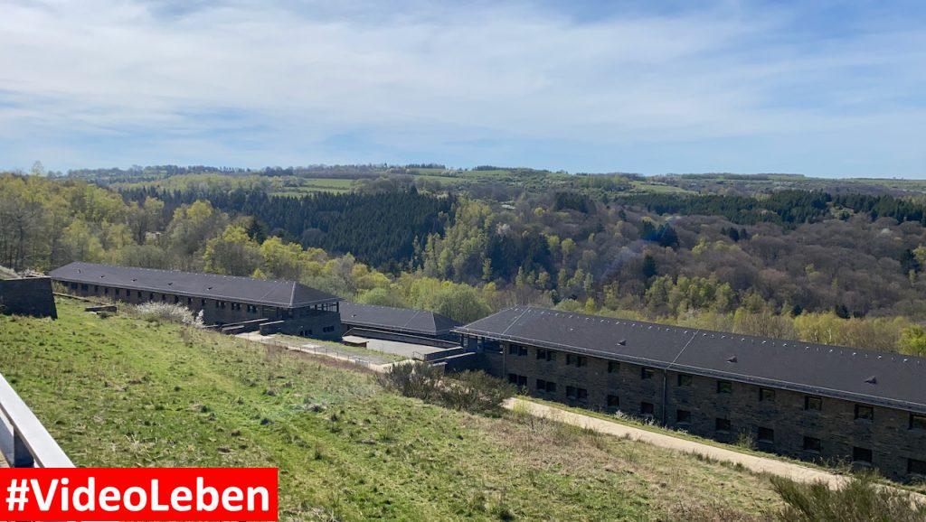 Blick in die Umgebung - ehemalige NS-Ordensburg Vogelsang im Nationalpark Eifel - Videoleben