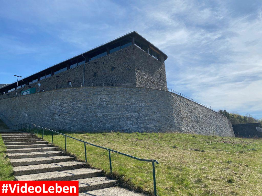 Treppenlauf - ehemalige NS-Ordensburg Vogelsang im Nationalpark Eifel - Videoleben