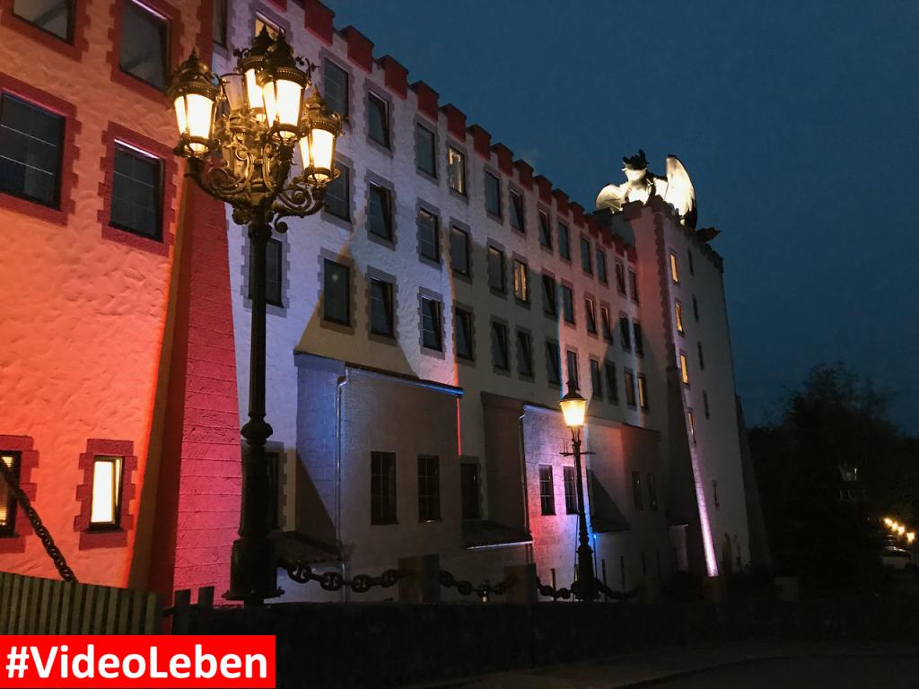 Abenteuerhotel mit Drache nachts - Heide-Park Resort Soltau #Videoleben