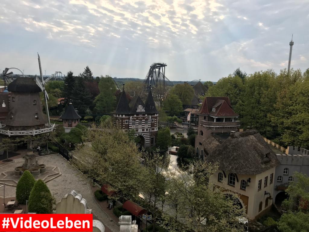 Blick aus dem Hotelzimmer des Abemteuerhotels - Heide-Park Resort Soltau #Videoleben