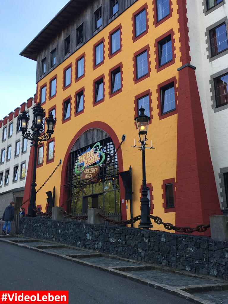 Eingang Abeneteuerhotel - Heide-Park Resort Soltau #Videoleben