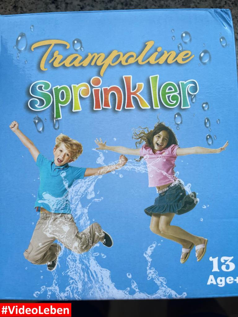 LESDOI® Rotierender Trampolin Sprinkler - ür heiße Sommertage - rotierender Wasserspaß - getestet von #VideoLeben